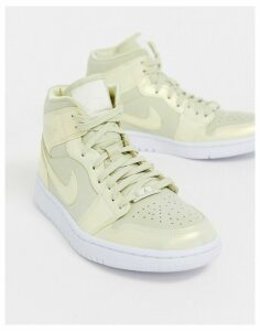 Nike Air Jordan 1 Mid Metallic Gold Trainers
