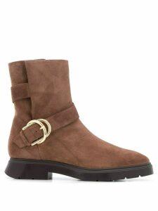 Stuart Weitzman Brenna buckled ankle boots - Brown