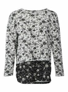 Womens *Izabel London Grey Floral Print Top, Grey