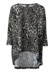 Womens Izabel London Grey Animal Print Jumper, Grey