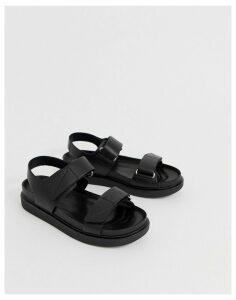 Vagabond erin black leather chunky sports sandals