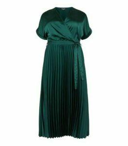 Curves Dark Green Satin Pleated Midi Dress New Look