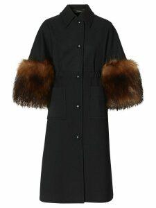 Burberry cape-style buttoned coat - Black