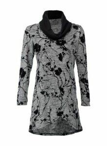 Womens Izabel London Grey Floral Wrap Knit Top, Grey