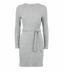 Petite Grey Ribbed Knit Belted Tunic Dress New Look