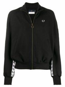 Fred Perry logo zipped jacket - Black