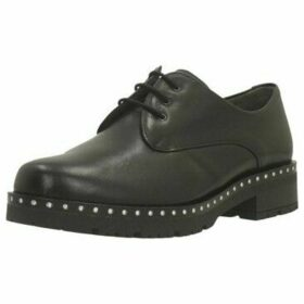 Pitillos  5813P  women's Casual Shoes in Black