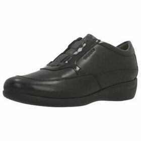 Stonefly  VENUS II 62  women's Loafers / Casual Shoes in Black