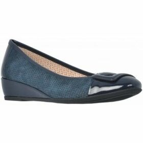 Stonefly  MAGGIE 25 PAT  women's Shoes (Pumps / Ballerinas) in Blue
