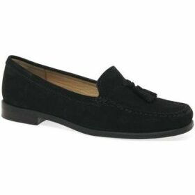 Charles Clinkard  Donella II Womens Moccasins  women's Loafers / Casual Shoes in Black