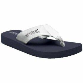 Regatta  Catarina Flip Flops Blue  women's Sandals in Blue