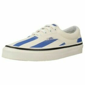 Vans  UA ERA 95 DX  women's Shoes (Trainers) in White