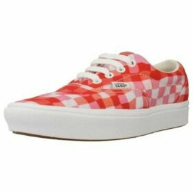 Vans  UA ComfyCush Era (INES)  women's Shoes (Trainers) in Red