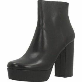 Steve Madden  GRATIFY  women's Low Ankle Boots in Black