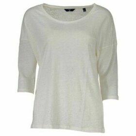 Gant  T-shirt short sleeves Women 1801.4202414  women's T shirt in multicolour