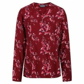 Regatta  Makala Printed Long Sleeve Shirt Red  women's Shirt in Red