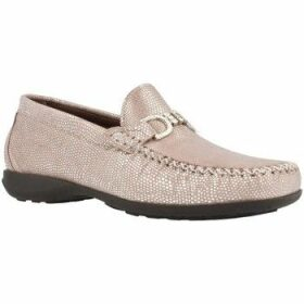 Pinoso's  5321  women's Loafers / Casual Shoes in Beige