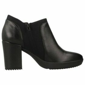 Stonefly  OPRAH 6 NAPPA  women's Low Ankle Boots in Black