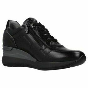 Nero Giardini  A908861D  women's Shoes (Trainers) in Black
