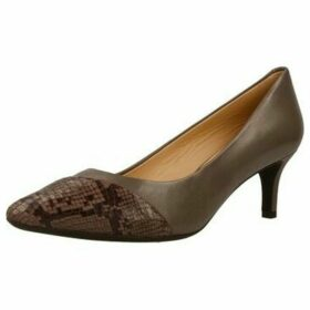 Geox  D ELINA  women's Court Shoes in Brown