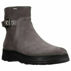 Geox  D HOSM0S B ABX  women's Low Ankle Boots in Brown