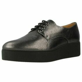 Unisa  CALER F17  women's Casual Shoes in Black