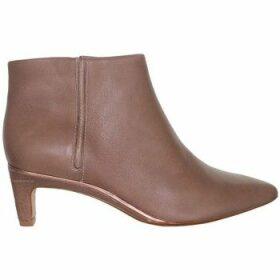 Clarks  Ellis Eden  women's Low Ankle Boots in multicolour