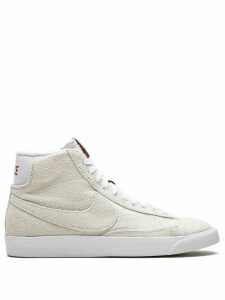 Nike x The Stranger Things Blazer Mid QS UD sneakers - NEUTRALS