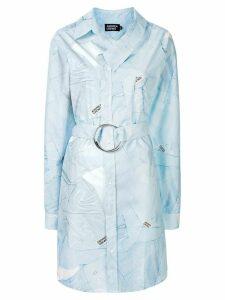 Andrea Crews shirt-print deconstructed shirtdress - Blue