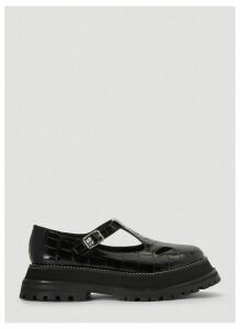 Burberry Embossed Leather Mary Jane Shoes in Black size EU - 41
