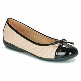 Geox  D ANNYTAH  women's Shoes (Pumps / Ballerinas) in Beige