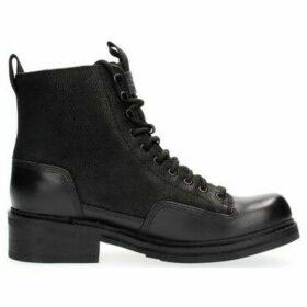 G-Star Raw  D10773 F105 ROOFER II  women's Low Boots in Black