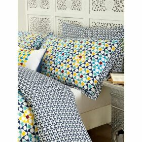 V and A Alhambra housewife pillowcase pair