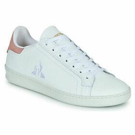 Le Coq Sportif  AVANTAGE W  women's Shoes (Trainers) in White