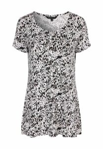 Womens Ivory Animal Print Tunic Top