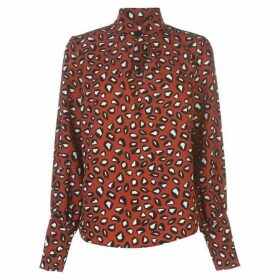 Linea Big button blouse