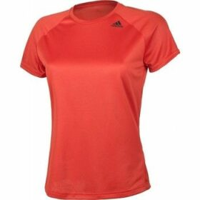 adidas  Designed 2 Move Tee Lose W  women's T shirt in Red
