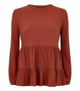 Rust Tiered Peplum Hem Ribbed Top New Look