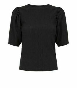 Petite Black Crinkle Puff Sleeve T-Shirt New Look
