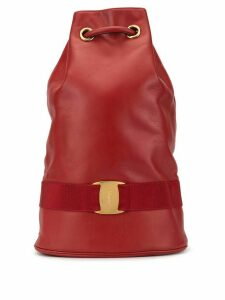 Salvatore Ferragamo Pre-Owned Vara drawstring shoulder bag - Red