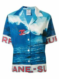 Chanel Pre-Owned 2002 surf print short-sleeved shirt - Blue