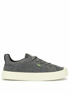 Cariuma IBI Low Stone Grey Knit Sneaker
