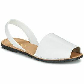 So Size  LOJA  women's Sandals in White