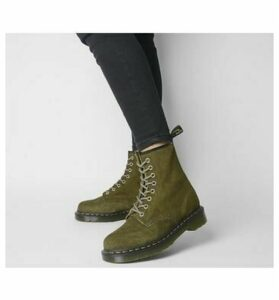 Dr. Martens 8 Eyelet Lace Up Bt GRENADE GREEN
