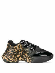 Pinko contrast panel leopard print sneakers - Black