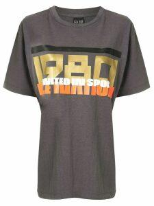 P.E Nation full court T-shirt - Grey