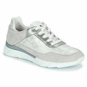 Geox  D HIVER  women's Shoes (Trainers) in Silver
