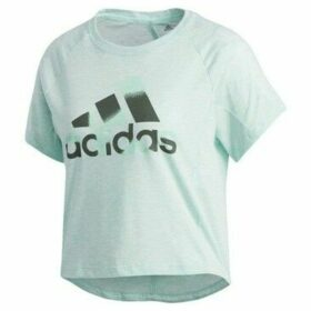adidas  Boxy Badge OF Sport  women's T shirt in multicolour