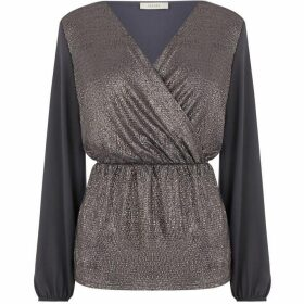 Oasis Crinkle Foil Wrap Front Top
