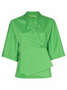 SAMUEL GUÌ YANG wrap-front cropped-sleeve shirt - Green
